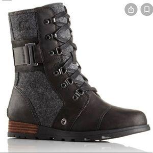 sorel major carly black Combat boots size 6